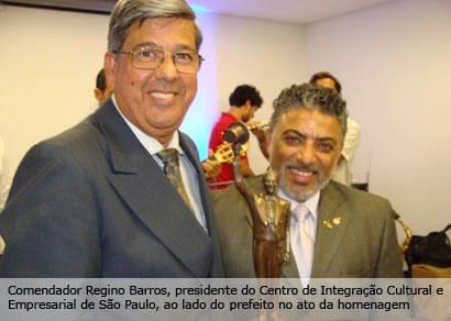 Jeová é o primeiro prefeito do Brasil a receber a Comenda JK