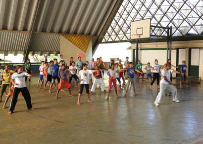 Alunos do Caic recebem Projeto Taekwondo Arte de Ensinar
