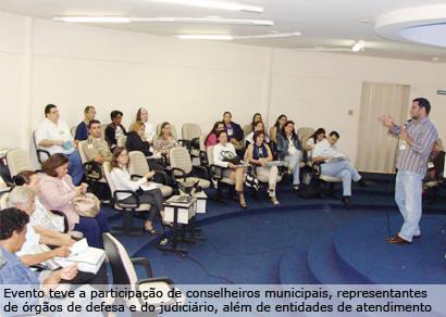 Araxá recebe formação em políticas públicas e direitos da criança e do adolescente