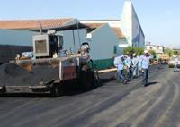 Ruas do Orozino Teixeira recebem recapeamento