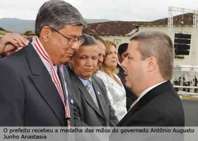 Jeová recebe Comenda Dia do Estado de Minas Gerais