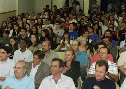 Cefet ministra aula inaugural e recepciona alunos da Engenharia de Minas