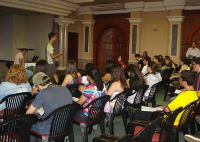 Estudantes de Turismo de Ouro Preto fazem visita técnica a Araxá