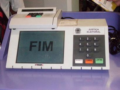 Quatro urnas eletrônicas dão problemas e são substituídas em Araxá