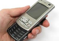 Brasil já tem praticamente uma linha de telefone celular por habitante