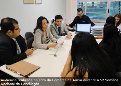 Justiça tenta acordo em mais de 300 processos na Semana da Conciliação