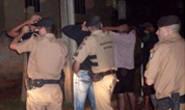 Polícia aborda jovens no Boa Vista e encontra cigarro de maconha