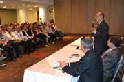 Embaixador recebe delegação brasileira no Panamá