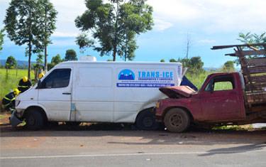 Jovem morre ao parar veículo para verificar problema mecânico