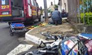 Motociclista quebra a perna em acidente