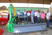 Acorpa recebe máquinas e implementos agrícolas