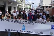 Passeata e blitz comemoram o Dia Internacional da Água
