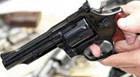 Jovem é baleado no bairro Santa Mônica e polícia procura suspeitos