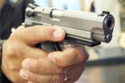 Homem atira contra veículo na avenida Imbiara