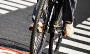 Jovem flagra homem com sua bicicleta furtada