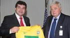 Visita do deputado estadual Bosco ao presidente da CBF, Ricardo Teixeira