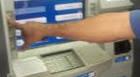 Homem tem carteira furtada durante uso de terminal eletrônico