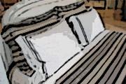 Bandidos levam kits de roupas de cama, dinheiro e celular de vendedor