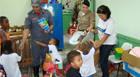 Órgãos de segurança distribuem brinquedos arrecadados em campanha