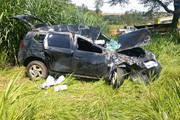 Motorista perde o controle e capota veículo na MG-452