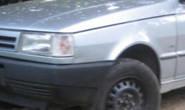 Táxi roubado por adolescentes é abandonado em movimento durante perseguição policial