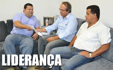 Em visita à presidência da Câmara, PR indica Alexandre dos Irmãos Paula como líder