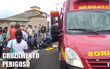 Motogirl fica ferida após acidente no Centro