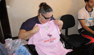 Polícia Civil doa roupas para entidades carentes de Araxá