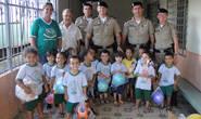 PM realiza campanha e faz doações para instituições de Araxá