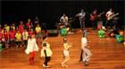 Alunos da Escola de Música divertem em apresentação