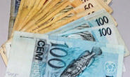 É iludida com presente e perde mais de R$ 2 mil
