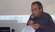 Eustáquio Pereira denuncia esgoto a céu aberto perto de cemitério