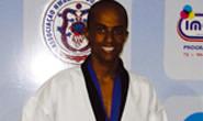 Evandro chega a 300 títulos no taekwondo
