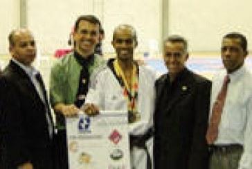 Evandro Carlos é campeão mineiro de Taekwondo