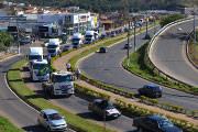 Carreata da 30ª Festa dos Motoristas atrai cerca de mil veículos