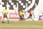 Tiago Pereira faz três e Ganso goleia a Tombense