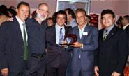 Araxá Esporte recebe o Troféu Guará