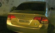 Bandidos armados furtam Honda Civic