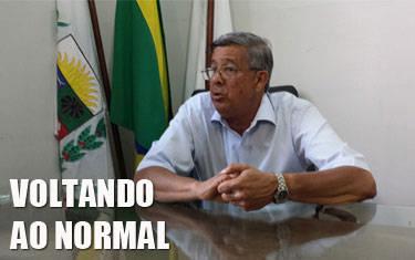 Daniel Rosa deixa a prefeitura, enquanto exonerados estão de volta