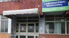 Laboratório Municipal é interditado pela Vigilância Sanitária
