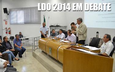 Câmara debate Lei de Diretrizes Orçamentárias para 2014