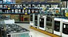 Indivíduos furtam loja de eletrodomésticos no Centro