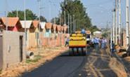 Começa a pavimentação de avenida do Projeto Mão na Massa