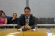 Mauro diz que foi pego de surpresa pela situação desagradável criada pelos vereadores do seu partido