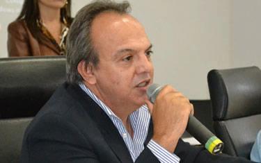 Presidente Miguel Júnior anuncia criação da TV Legislativa de Araxá