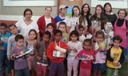Alunos do Monteiro Lobato doam brinquedos para creche municipal