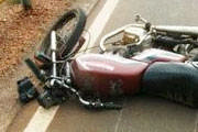 Embriagado cai de moto na estrada para a Argenita