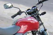PM prende jovem por direção perigosa com moto