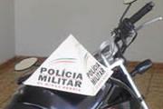 PM apreende moto em situação irregular