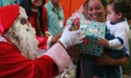 Crianças do Cemei Sarah Valle são beneficiadas com projeto natalino